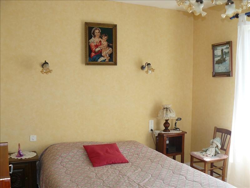 Sale house / villa Guegon 252000€ - Picture 8