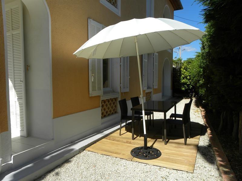 Location vacances appartement Bandol 560€ - Photo 4