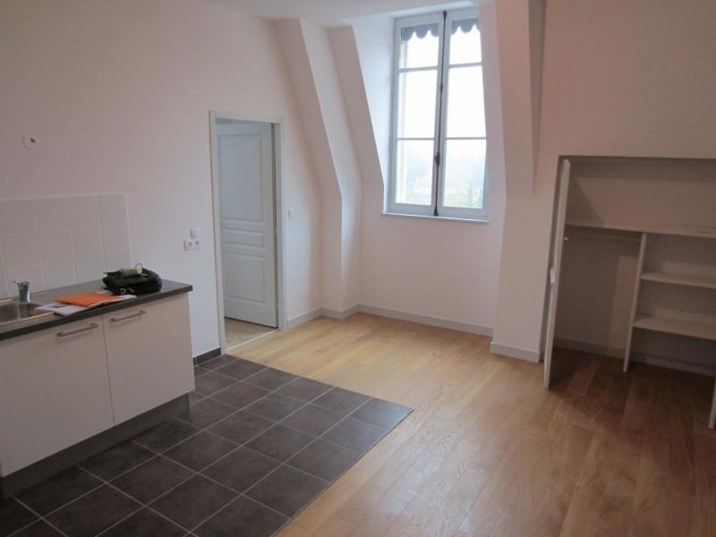 Rental apartment St beron 430€ CC - Picture 2