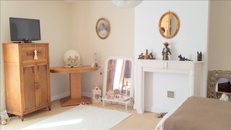 Sale house / villa Locmiquelic 354960€ - Picture 5