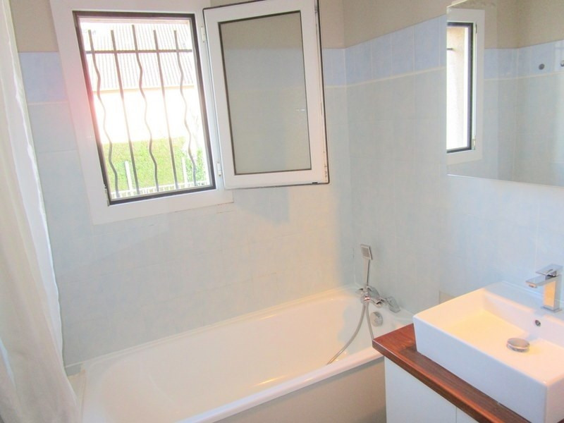 Location appartement Bailly 899€ CC - Photo 5