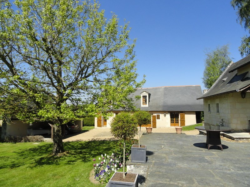 Deluxe sale house / villa Angers 20 mn 477 000€ - Picture 3