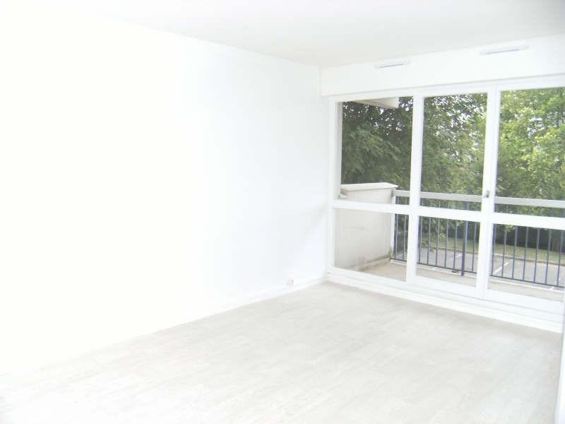 Location appartement Chatou 848€ CC - Photo 1