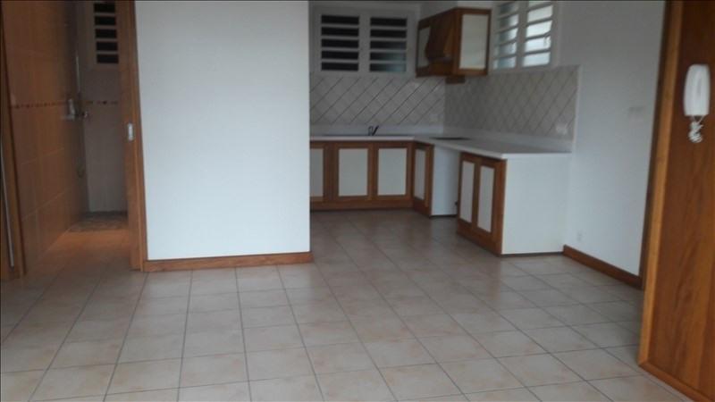 Sale house / villa St benoit 215000€ - Picture 4
