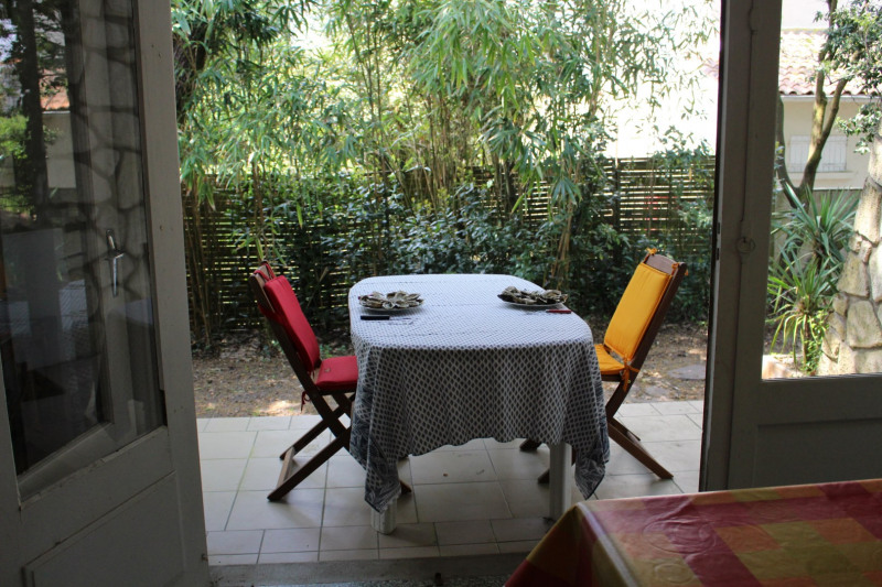 Vacation rental house / villa Saint georges de didonne 1 108€ - Picture 3