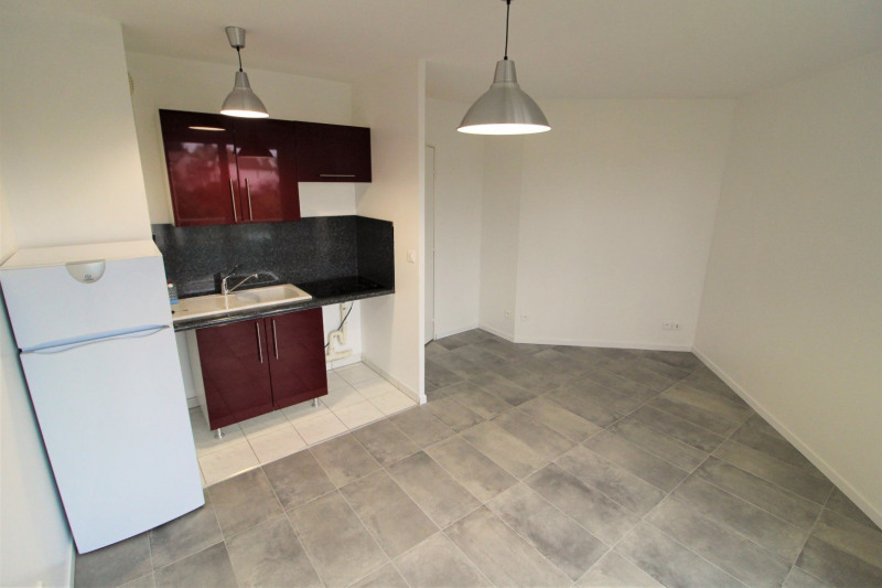 Sale apartment Eaubonne 135000€ - Picture 1