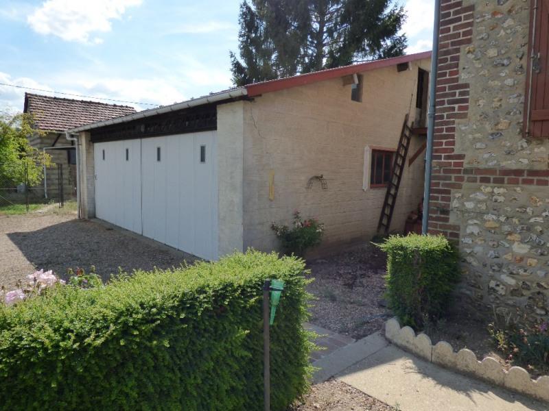 Sale house / villa Les andelys 143000€ - Picture 2