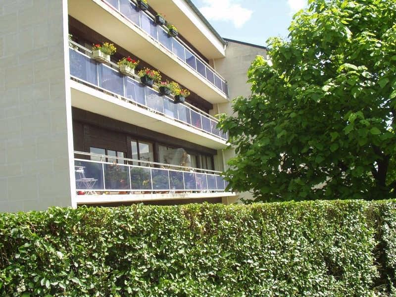 Location appartement Louveciennes 1250€ CC - Photo 1