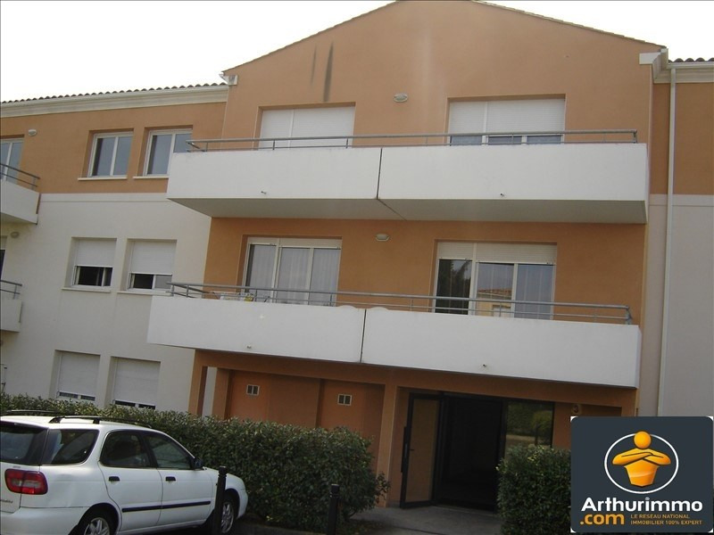 Sale apartment St jean d angely 86 400€ - Picture 1