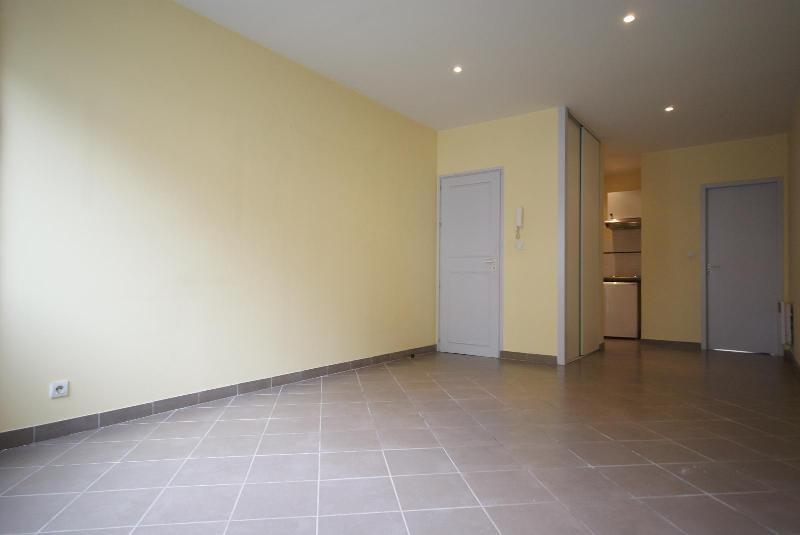 Location appartement Bordeaux 722€ CC - Photo 2