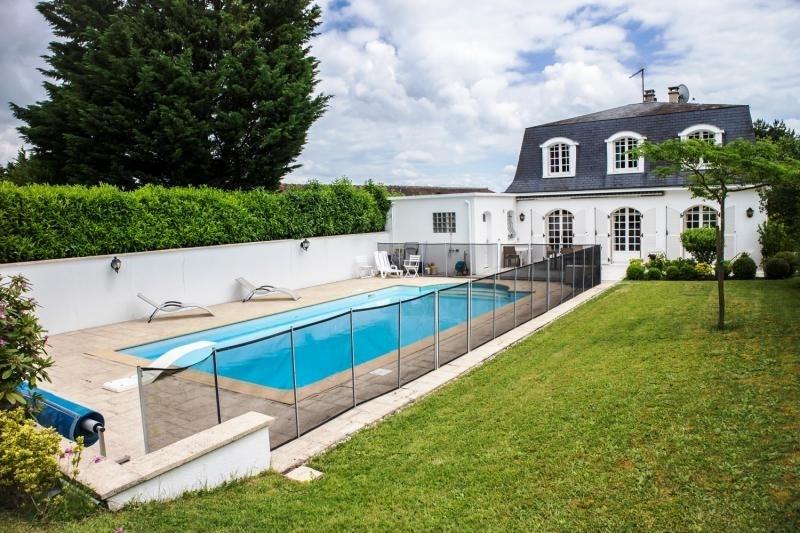 Vente de prestige maison / villa Montfort l amaury 630000€ - Photo 1