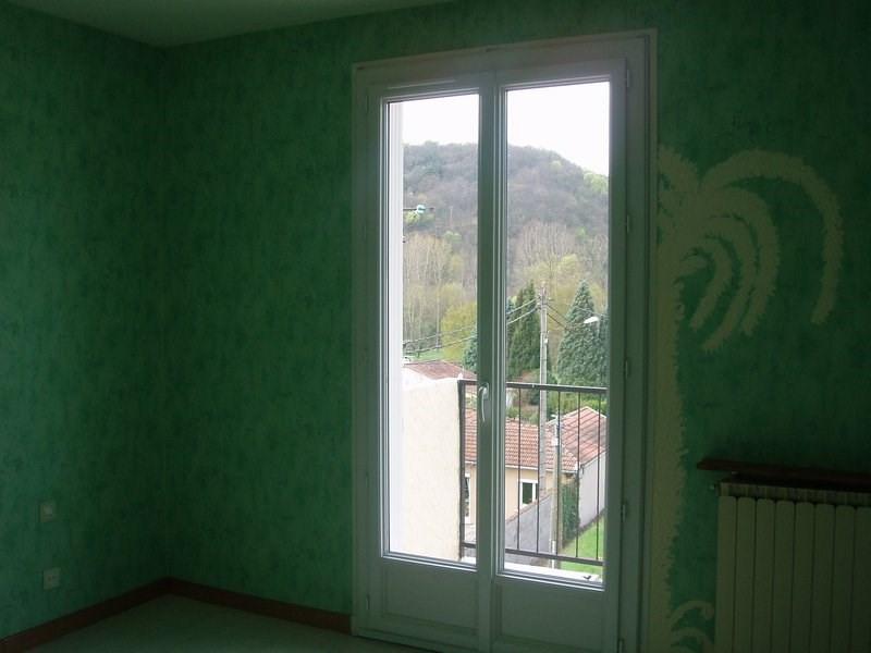 Rental apartment St uze 475€ CC - Picture 4