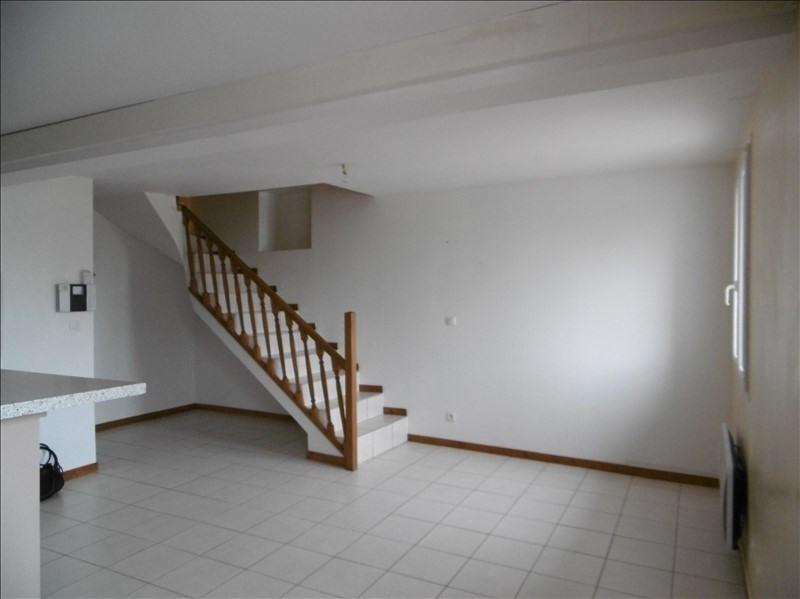 Rental apartment St martin de bavel 520€ CC - Picture 1
