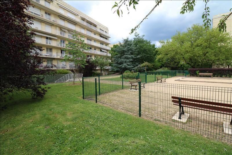 Sale apartment Versailles 498000€ - Picture 10
