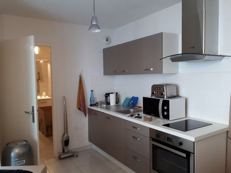 Rental apartment Annecy 754€ CC - Picture 3