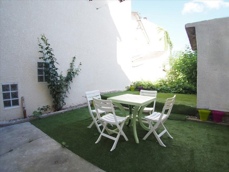 Location appartement Clamart 940€ CC - Photo 1