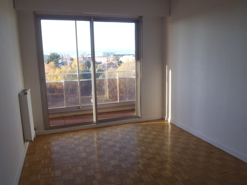 Location appartement Gaillard 1 290€ CC - Photo 3