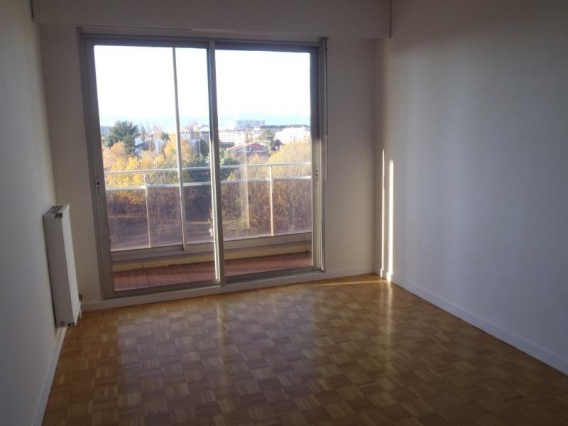 Rental apartment Gaillard 1360€ CC - Picture 3