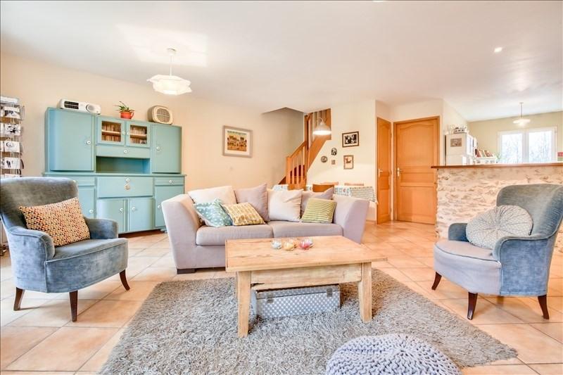Sale house / villa St cyr sous dourdan 299000€ - Picture 5