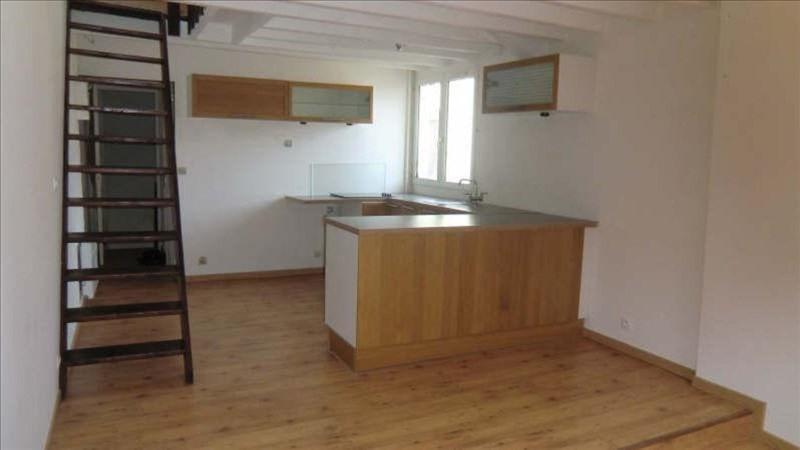 Rental apartment Pontoise 680€ CC - Picture 1