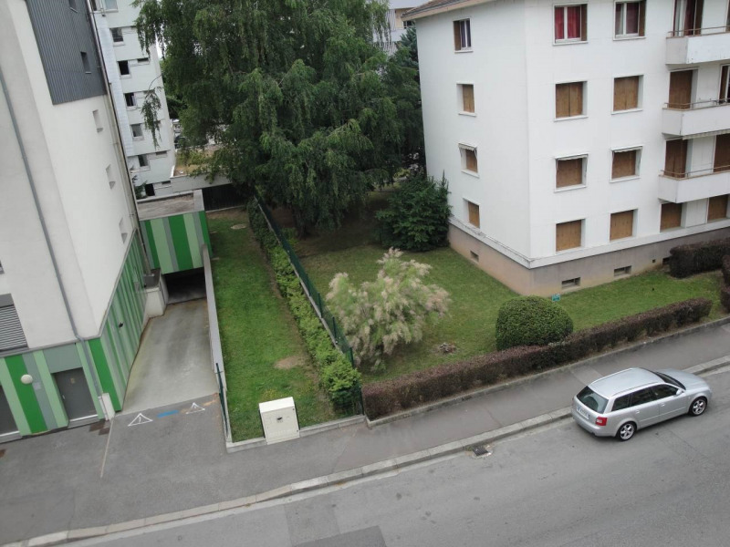 Sale apartment Annecy 168 000€ - Picture 1