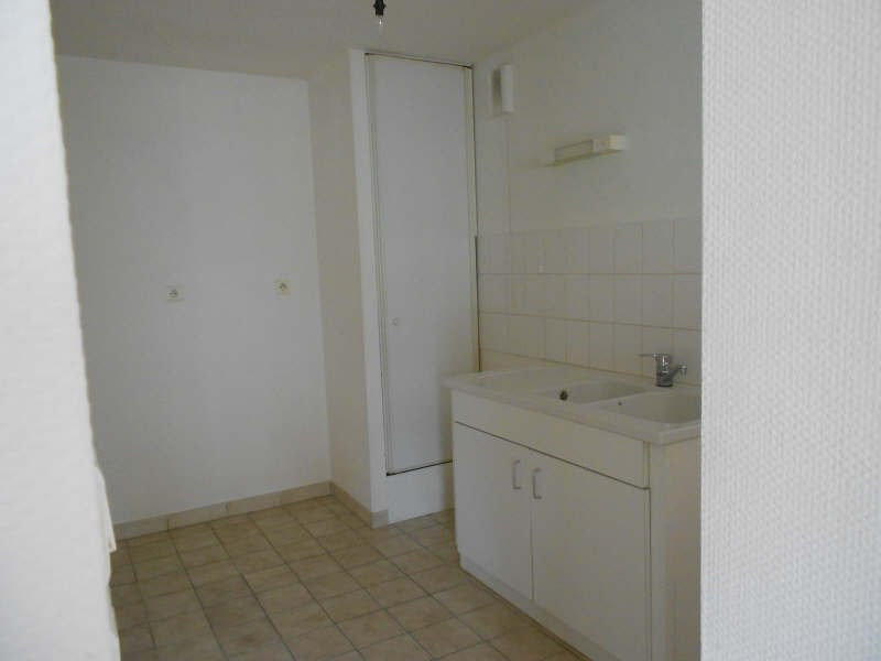 Location appartement Niort 342€ CC - Photo 5