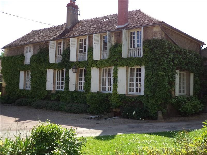Sale house / villa Donzy 285000€ - Picture 1