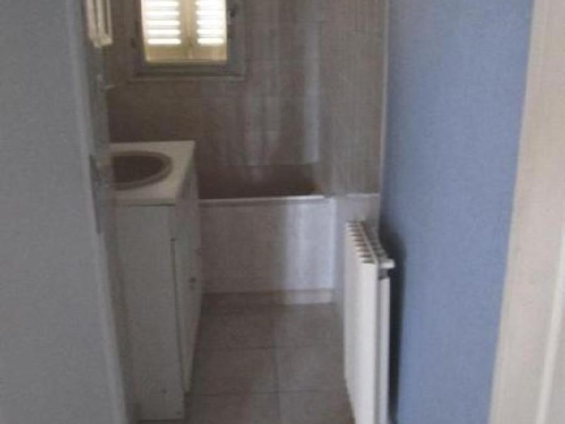 Rental apartment Lyon 8ème 805€ CC - Picture 9