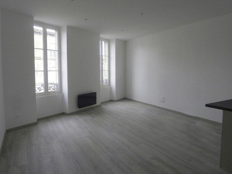 Location appartement Cognac 595€ CC - Photo 1
