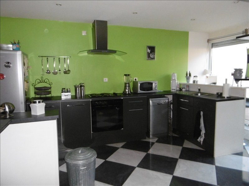 Sale house / villa St quentin 128000€ - Picture 1
