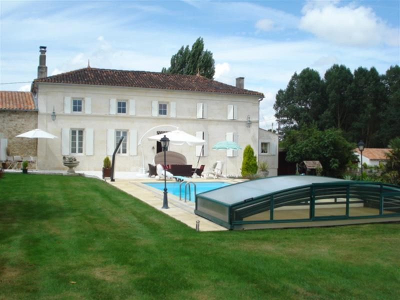 Vente maison / villa Tonnay-charente 468000€ - Photo 1