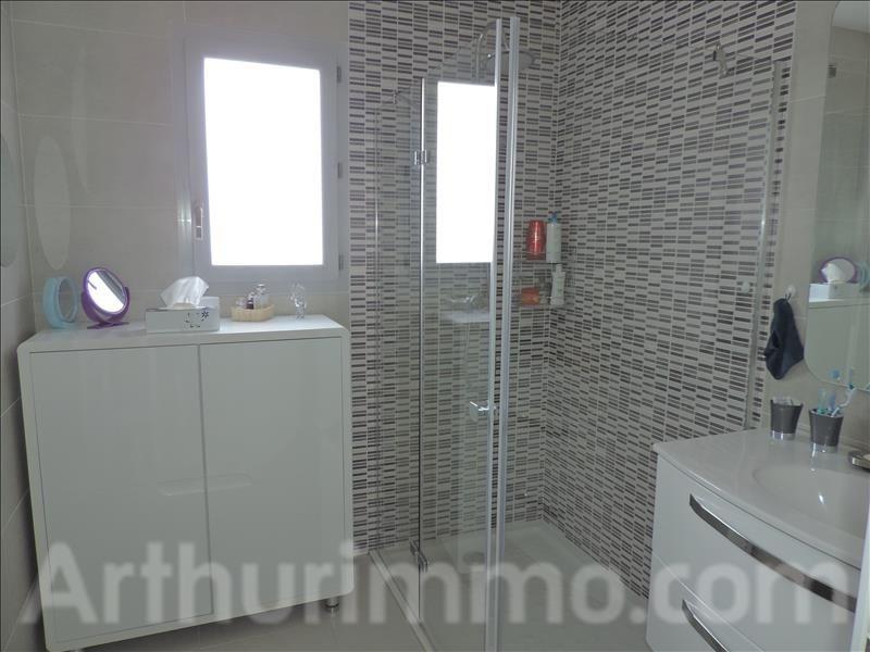 Sale house / villa St sauveur 230000€ - Picture 9