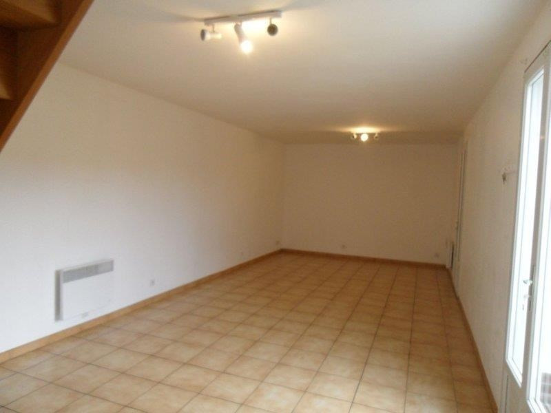 Rental house / villa Troyes 666€ CC - Picture 3