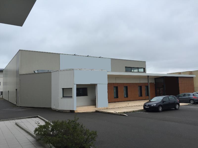 Location Local d'activités / Entrepôt Ahuy 0