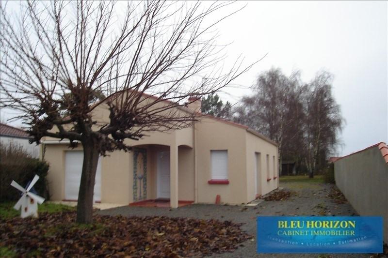 Rental house / villa Ste pazanne 725€ CC - Picture 1
