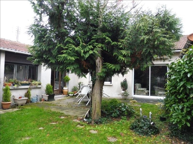 Sale house / villa Bondy 325000€ - Picture 8