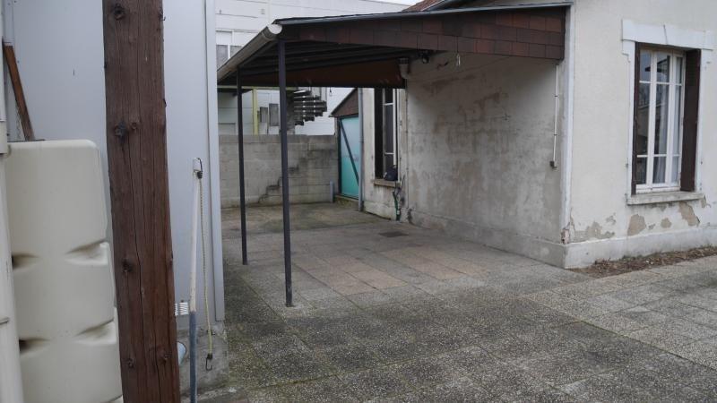 Sale house / villa Neuilly plaisance 265000€ - Picture 3