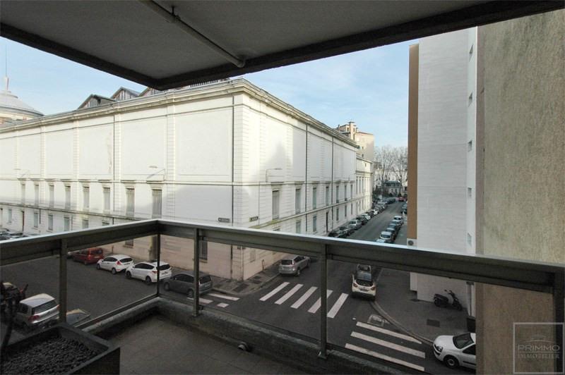 Sale apartment Lyon 6ème 255000€ - Picture 2