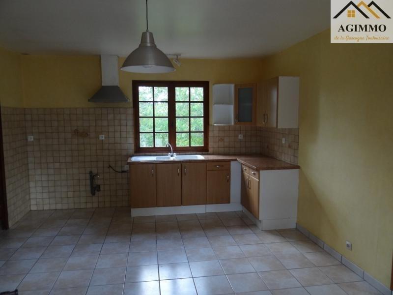 Sale house / villa L isle jourdain 100000€ - Picture 2