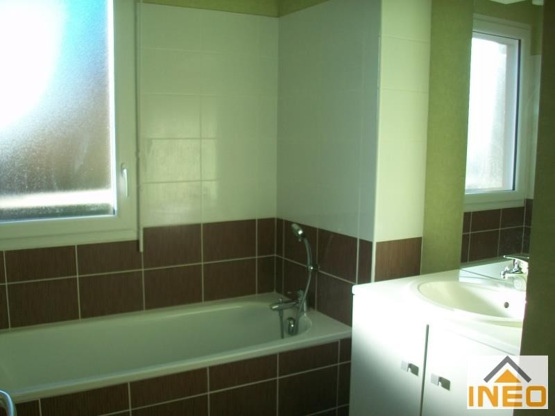 Location maison / villa Geveze 850€ CC - Photo 5