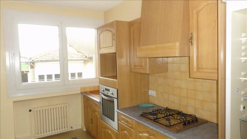 Location appartement Le coteau 615€ CC - Photo 1