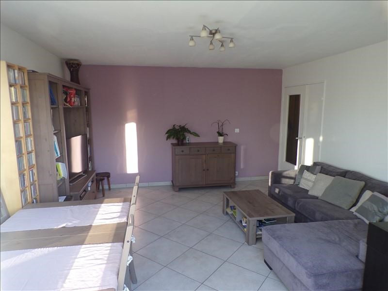 Revenda apartamento Montigny le bretonneux 236000€ - Fotografia 1