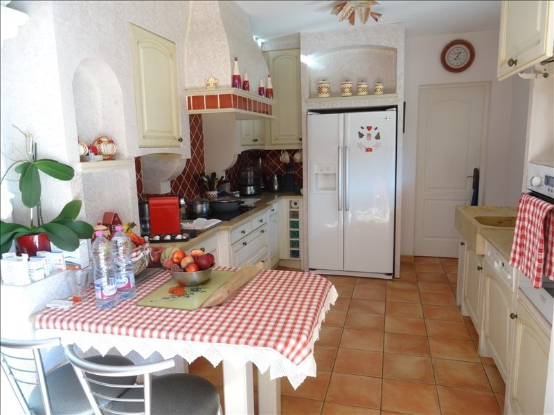 Sale house / villa Peynier 360 000€ - Picture 2