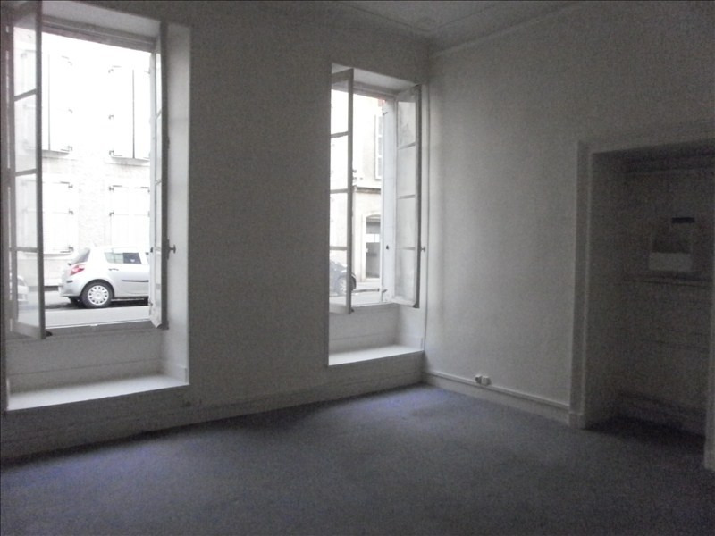 Location local commercial Pau 700€ HT/HC - Photo 2