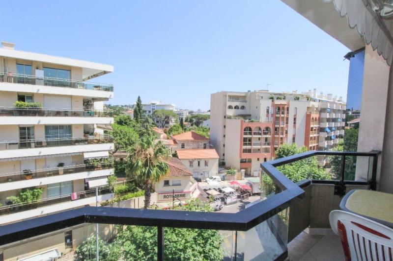 Sale apartment Juan les pins 340000€ - Picture 2