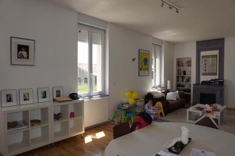 Sale house / villa Etauliers 233000€ - Picture 2
