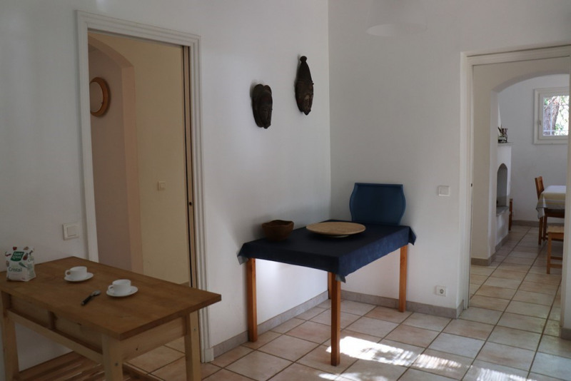 Vacation rental house / villa Cavalaire sur mer 1 300€ - Picture 11