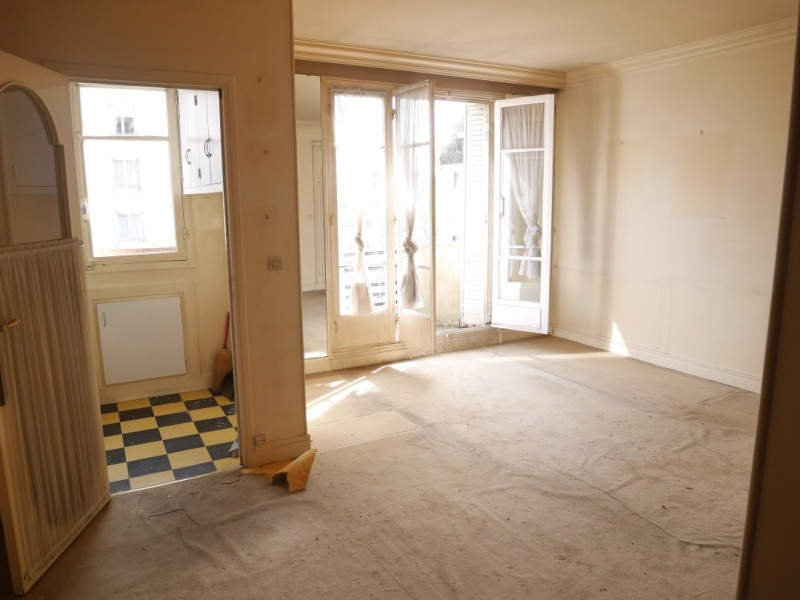 Sale apartment Paris 17ème 310 000€ - Picture 2