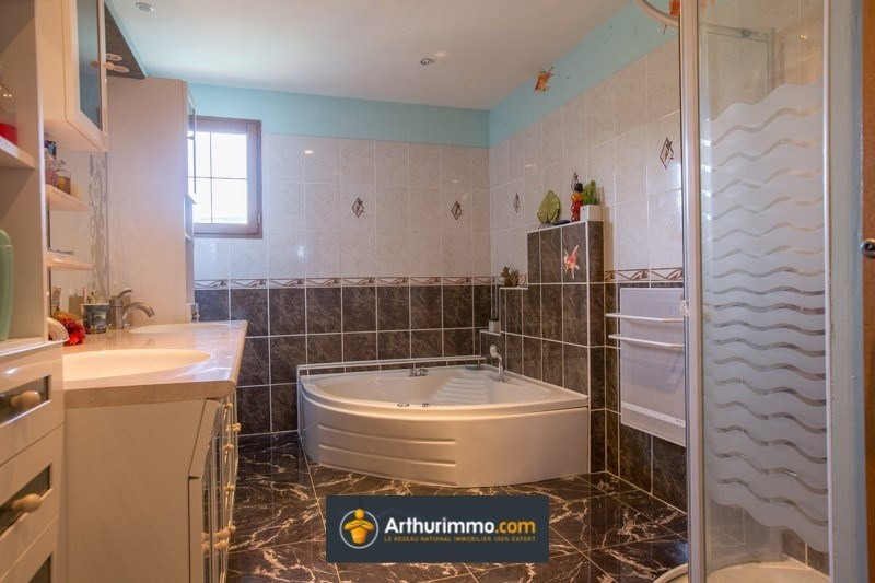 Vente maison / villa Belley 299500€ - Photo 10