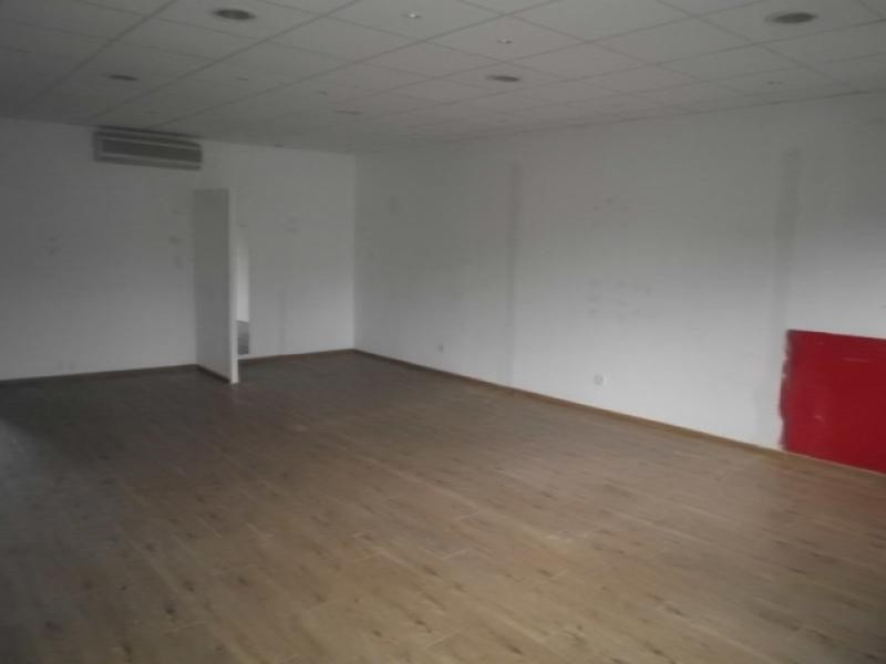 Vente local commercial Jons 110 000€ - Photo 3